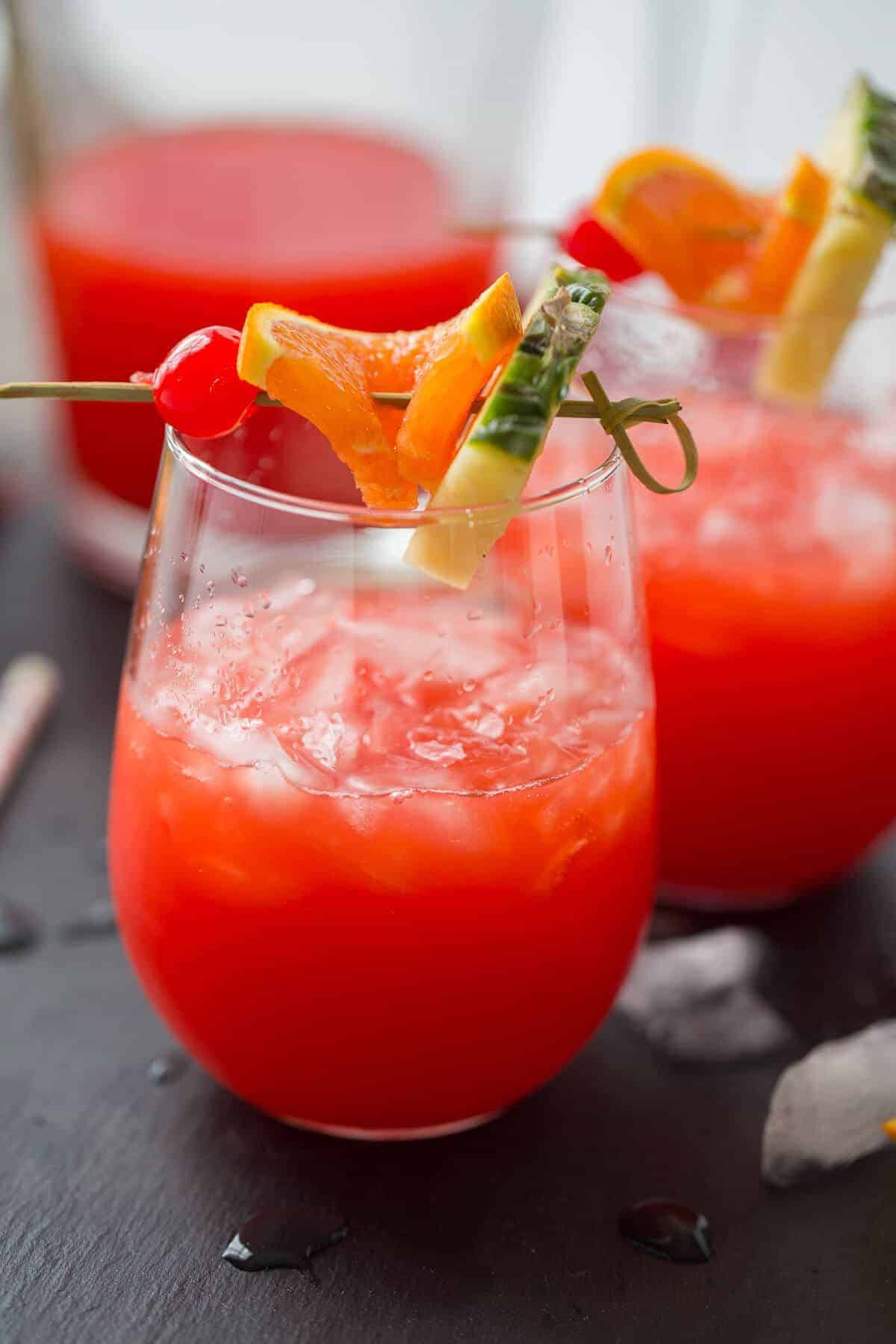 Summertime Rum Drinks  Rum Punch Recipe LemonsforLulu