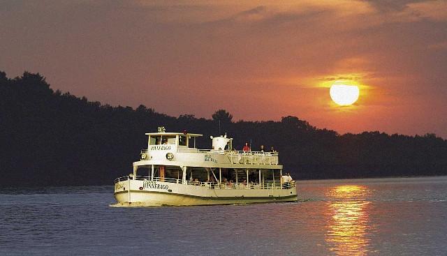 Sunset Dinner Cruise  Dells Boat Tours Sunset Dinner Cruise Showcases Wisconsin