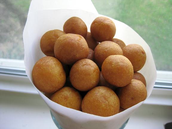 Sweet Potato Balls  Khanom Khai Nok Krata ขนมไข่นกกระทา Thai Fried Sweet