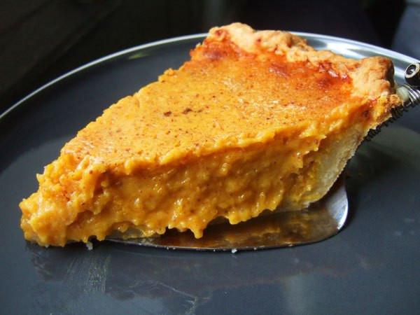 Sweetened Condensed Milk Pumpkin Pie  The History Dish Automat Pumpkin Pie Four Pounds Flour
