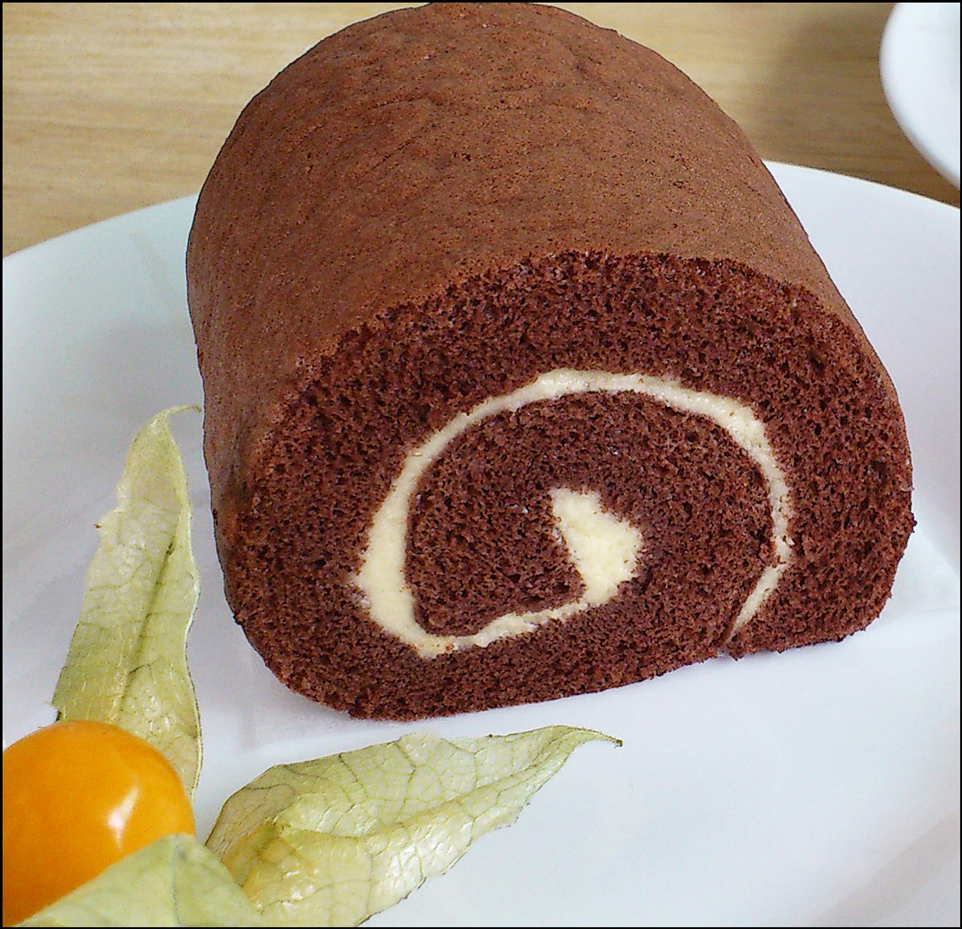 Swiss Roll Cake Recipe  KitchenTigress Chocolate Swiss Roll 巧克力瑞士蛋糕卷