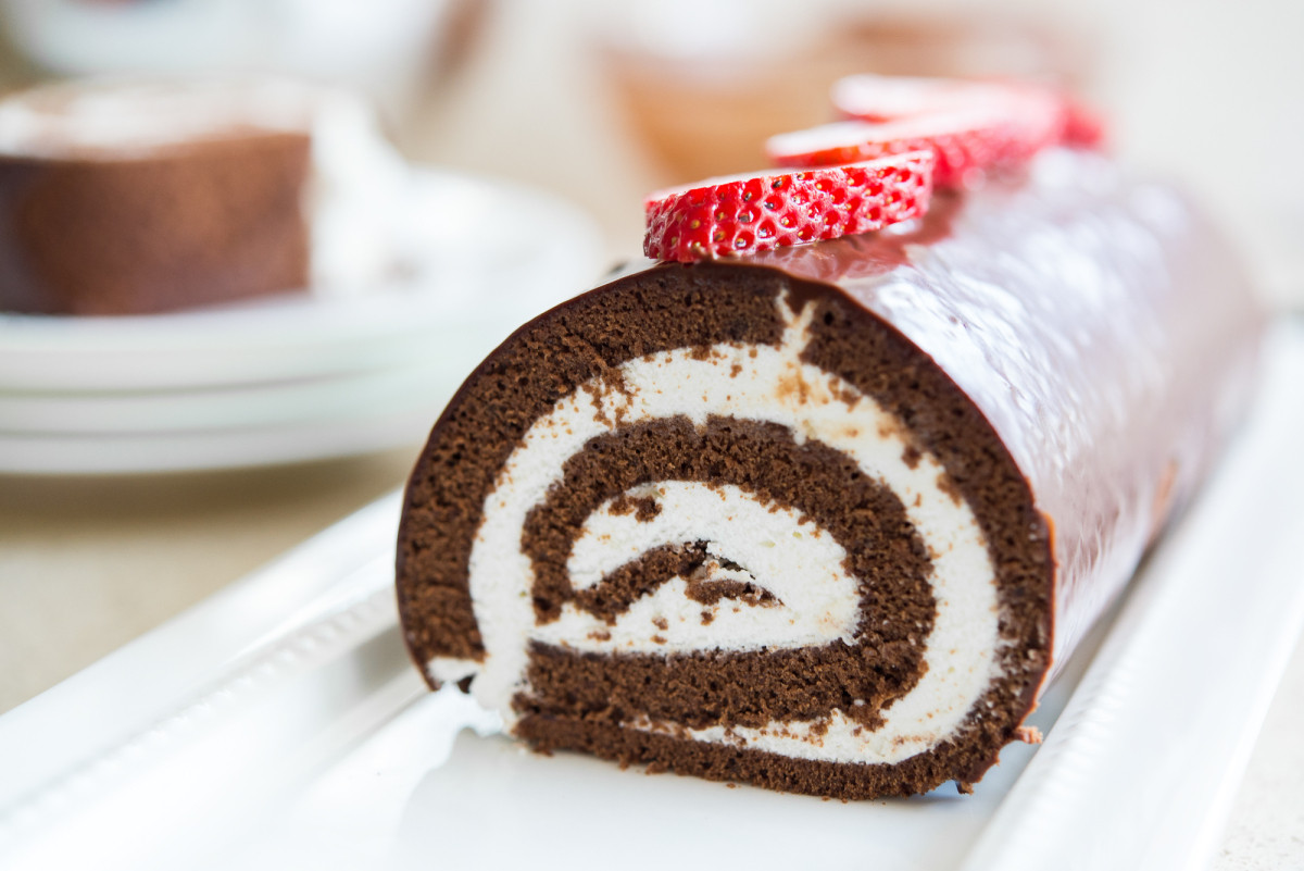 Swiss Roll Cake Recipe  Chocolate Swiss Roll Cake