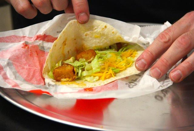 Taco Bell Spicy Potato Soft Taco  Taco Bell Dollar Menu Taste Test