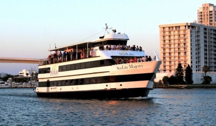 Tampa Dinner Cruise  Tampa Sightseeing Cruise Xperience Days