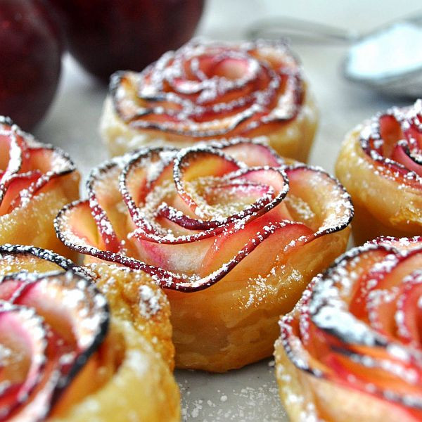 Tasty Easy Desserts  Delicious DIY Apple Roses – Easy to Make Awesome to Eat