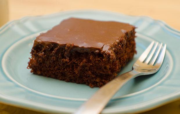 Texas Sheet Cake Frosting  Texas Sheet Cake Food&FamFood&Fam
