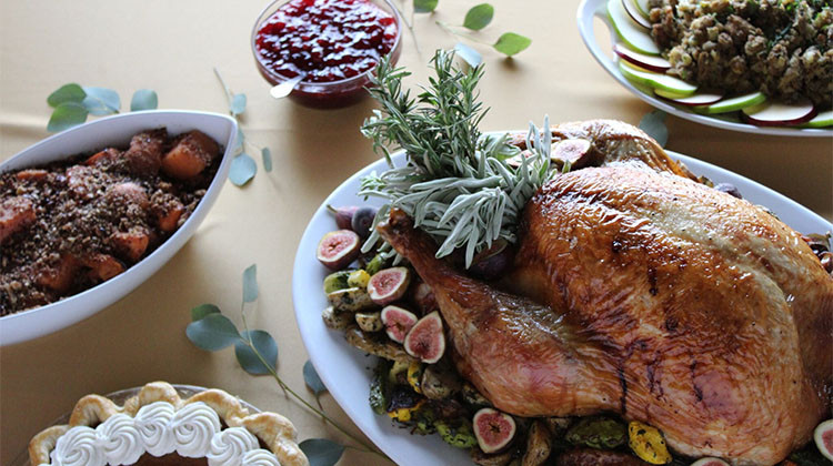 Thanksgiving Dinner Delivery  Thanksgiving Dining 2017 restaurants open