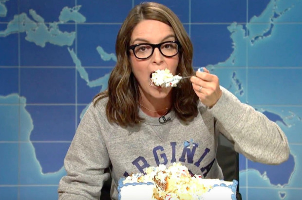Tina Fey Sheet Cake  Tina Fey returns to SNL to destroy Trump while devouring a