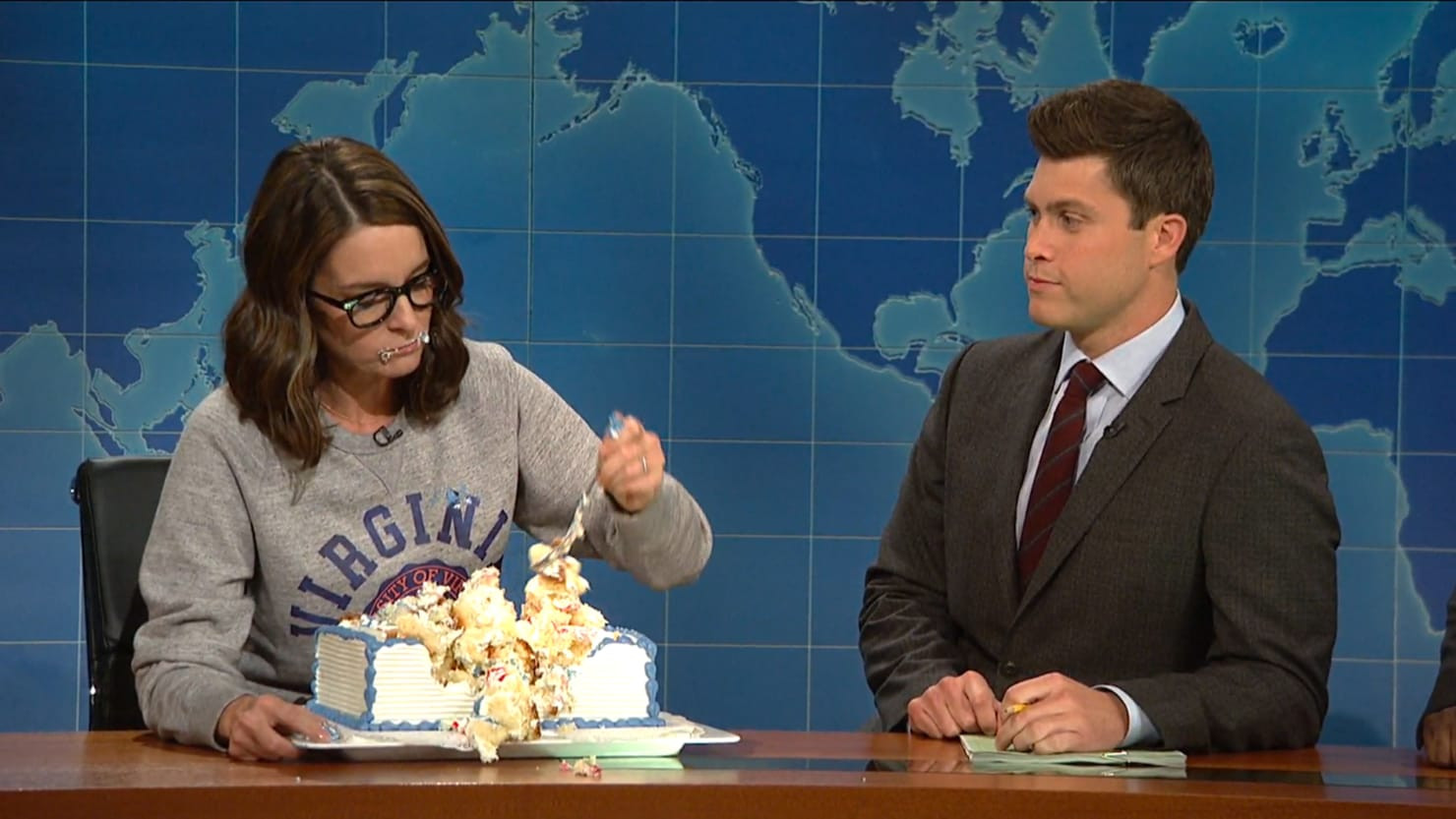 Tina Fey Sheet Cake  Tina Fey's 'Eat Cake' Strategy After Charlottesville Is
