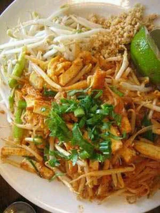 Tofu Pad Thai Recipe  Lean Tofu Pad Thai Recipe — Dishmaps