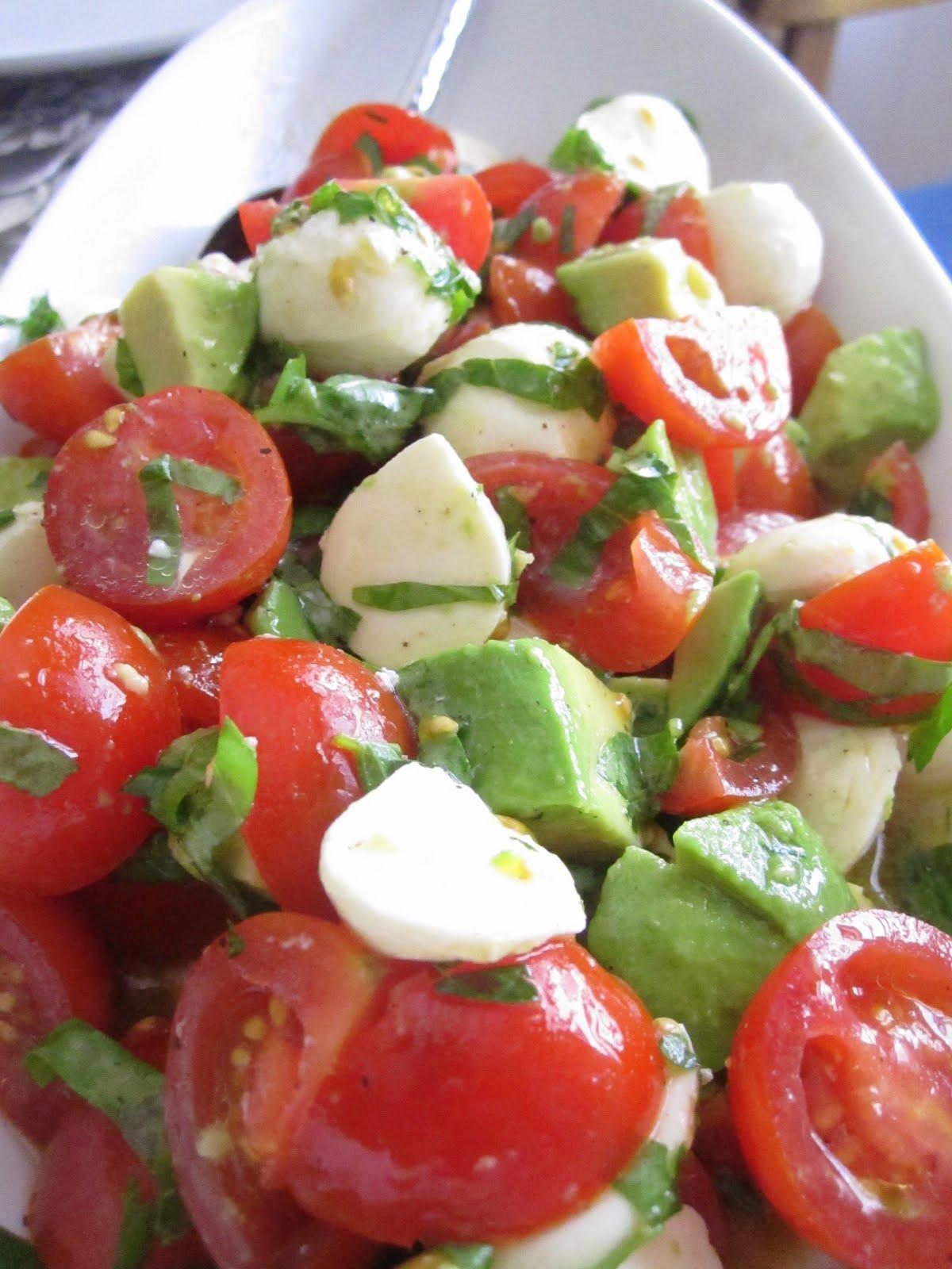 Tomato And Mozzarella Salad  Elizabeth s Dutch Oven Mozzarella Tomato and Avocado Salad