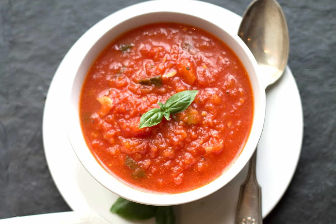 Tomato Basil Pasta Sauce  Quick & Easy Tomato Basil Pasta Sauce Erren s Kitchen