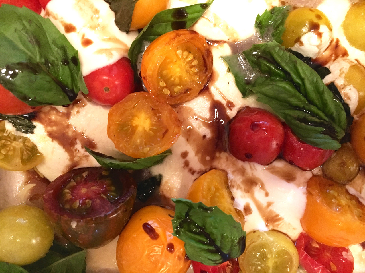 Tomato Caprese Salad  Roasted Heirloom Tomato Basil Mozzarella Caprese Salad