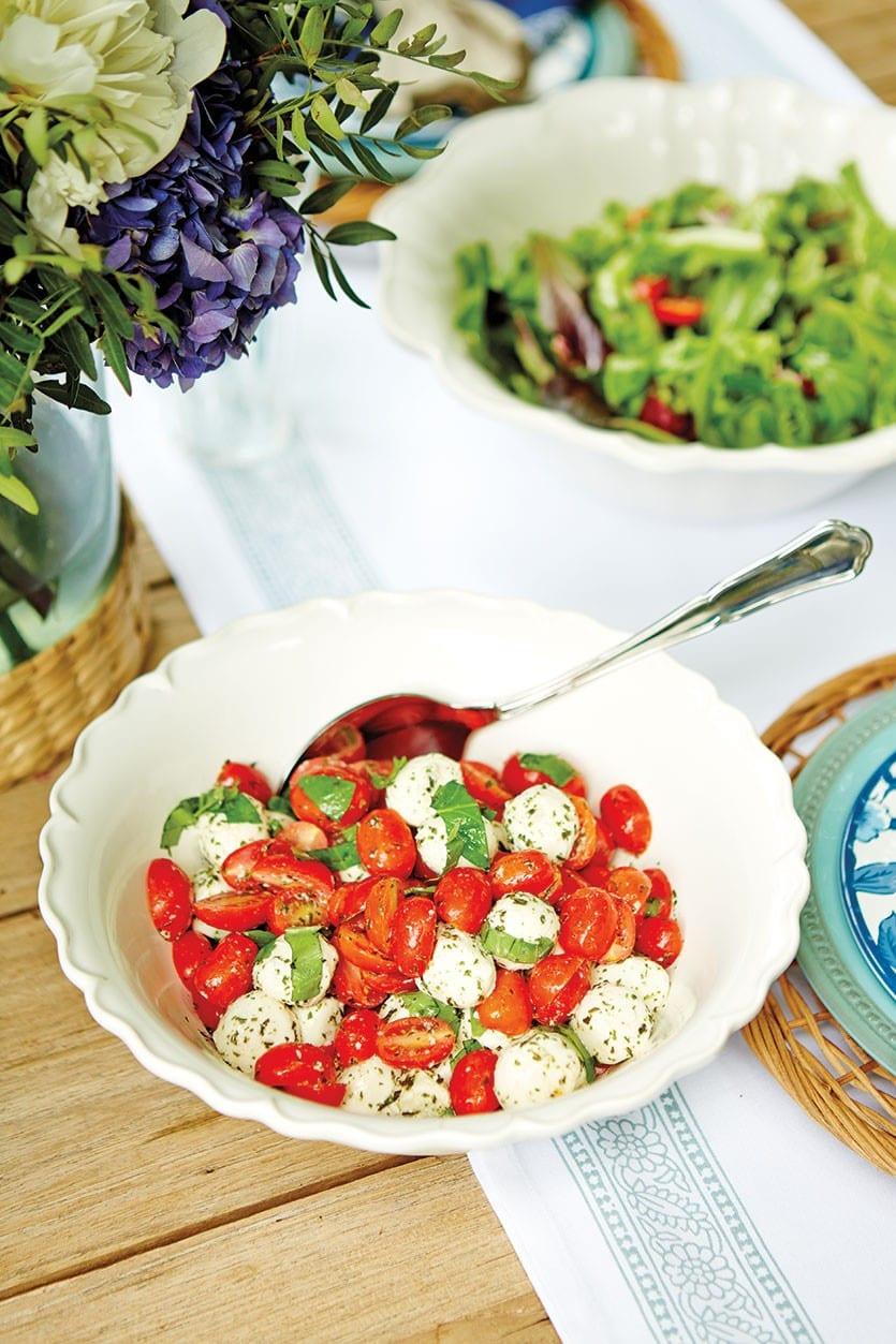 Tomato Caprese Salad  Recipe Cherry Tomato Caprese Salad How To Decorate