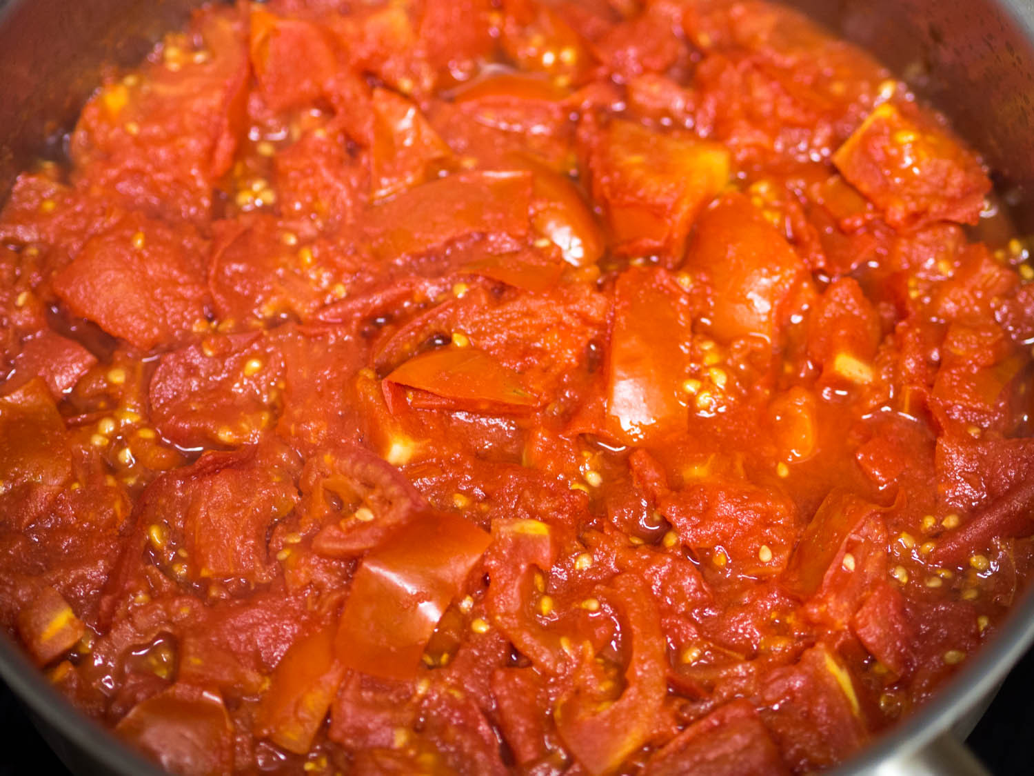 Tomato Sauce With Fresh Tomatoes  How to Make the Best Tomato Sauce From Fresh Tomatoes