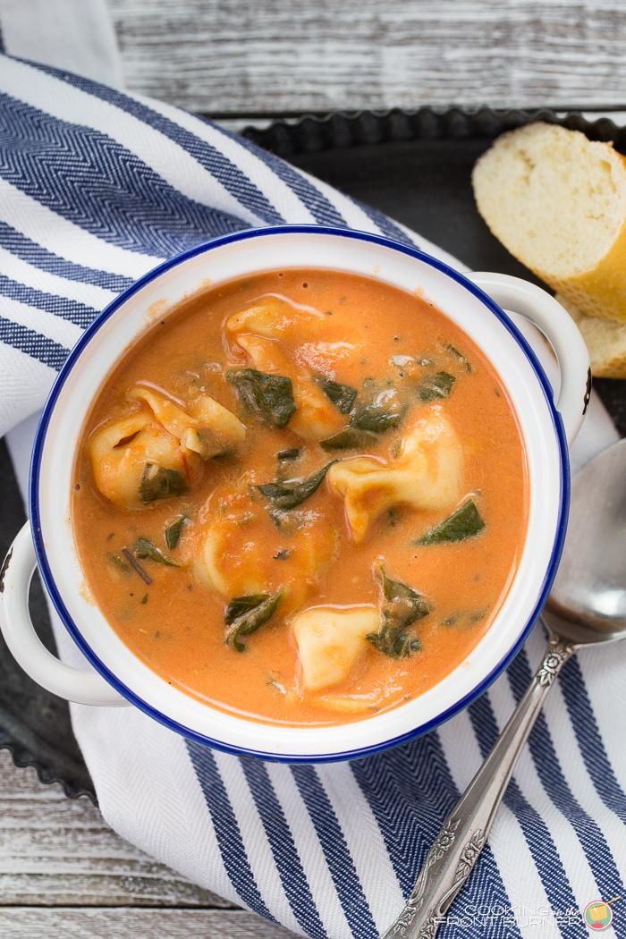 Tomato Tortellini Soup  Creamy Tomato Spinach Tortellini Soup