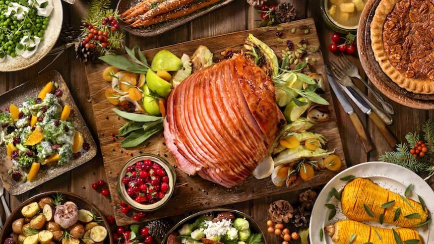Traditional American Christmas Dinner  What Christmas Eve dinner looks like all over the world