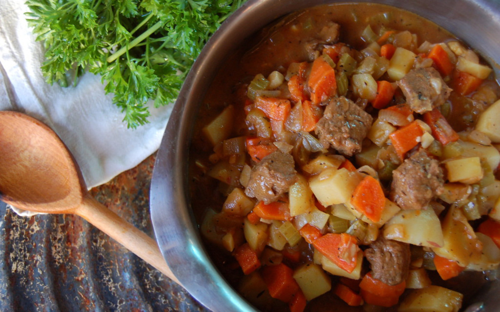 Traditional Beef Stew Recipe  Traditional Beef Stew Recipe [Vegan] e Green