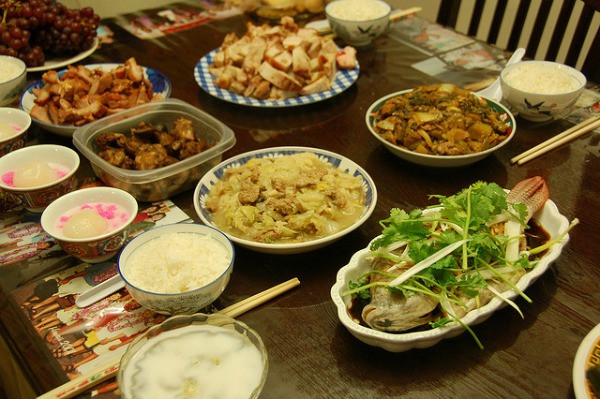 Traditional New Year'S Day Dinner  Chinese New Year s Eve Traditions eDreams Travel Blog