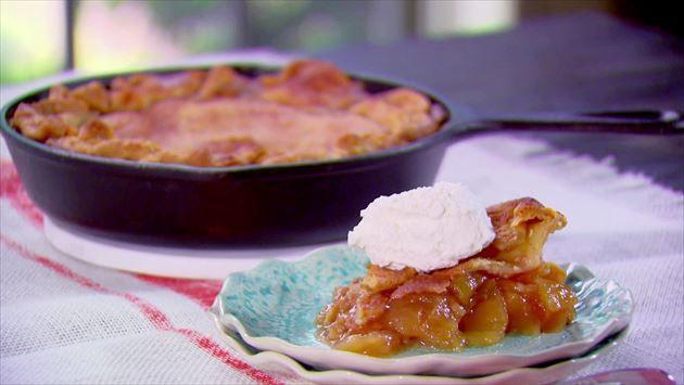 Trisha Yearwood Skillet Apple Pie  17 Best images about TRISHA YEARWOOD RECIPES on Pinterest