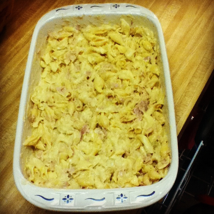 Tuna Noodle Casserole With Cream Of Mushroom Soup  Pin by JoLee Bottorff on Crock pot recipes