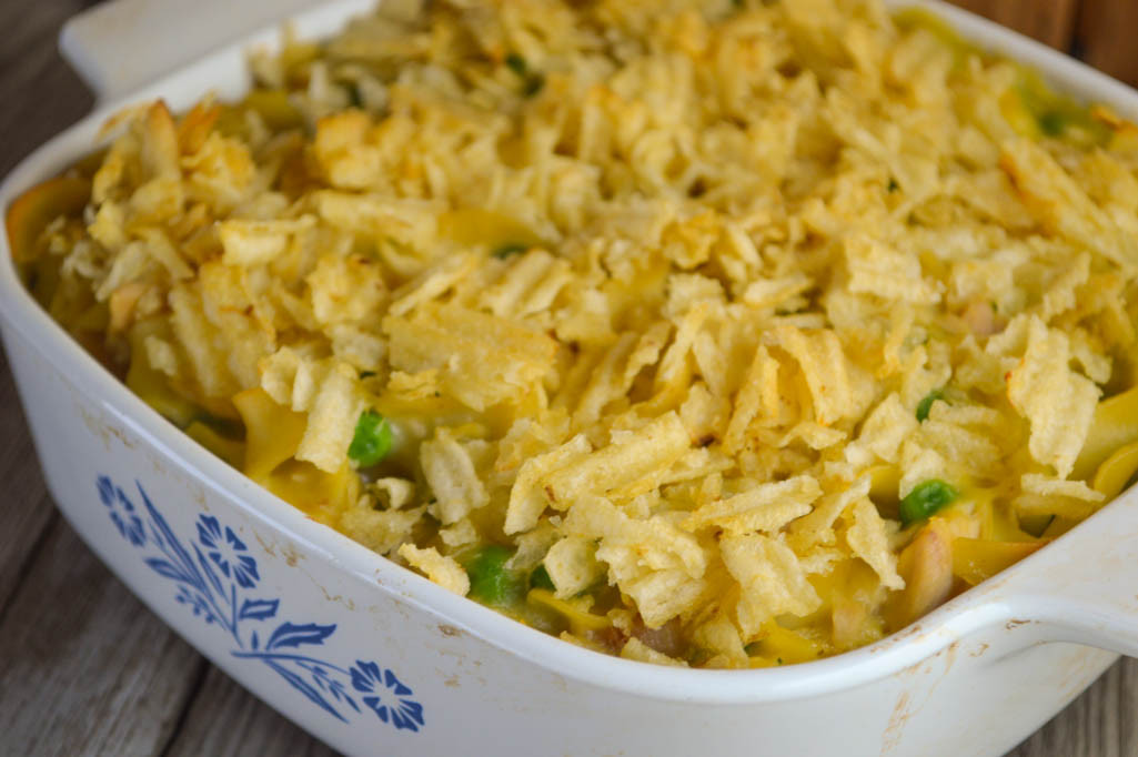 Tuna Noodle Casserole With Potato Chips  Mom s Tuna Casserole with Crumbled Potato Chips