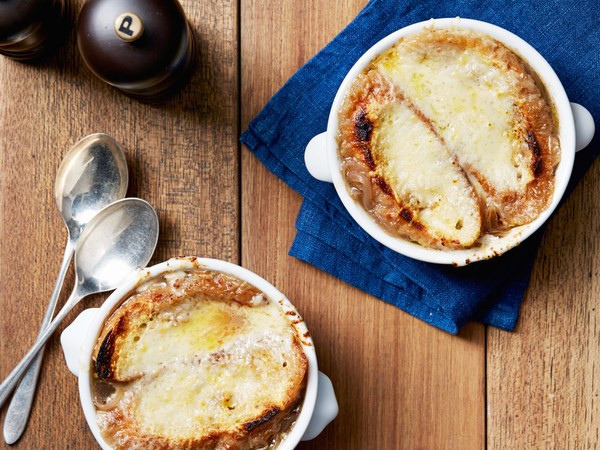 Tyler Florence French Onion Soup  16 Satisfying French ion Soup Recipes