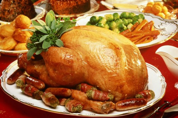 Typical Christmas Dinner  How to cook Christmas turkey The ultimate guide with tips