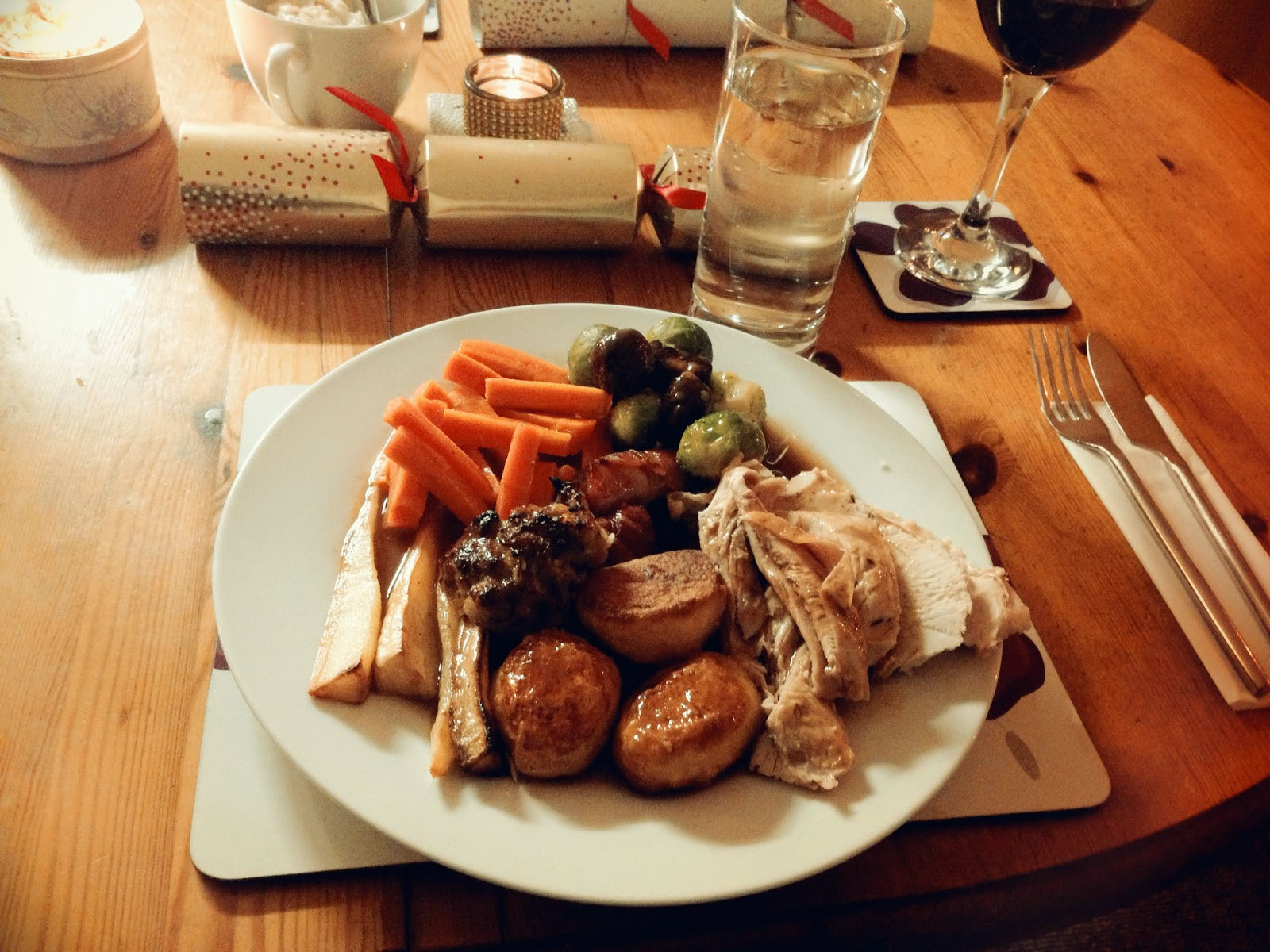 Typical Christmas Dinner  Julie Pennell A Traditional Christmas Dinner England
