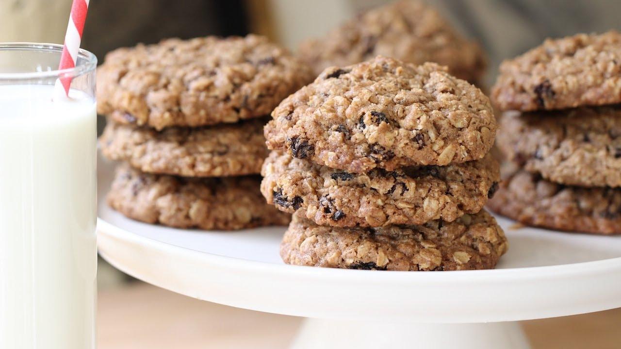 Ultimate Oatmeal Raisin Cookies  Beth s Ultimate Oatmeal Raisin Cookie Recipe
