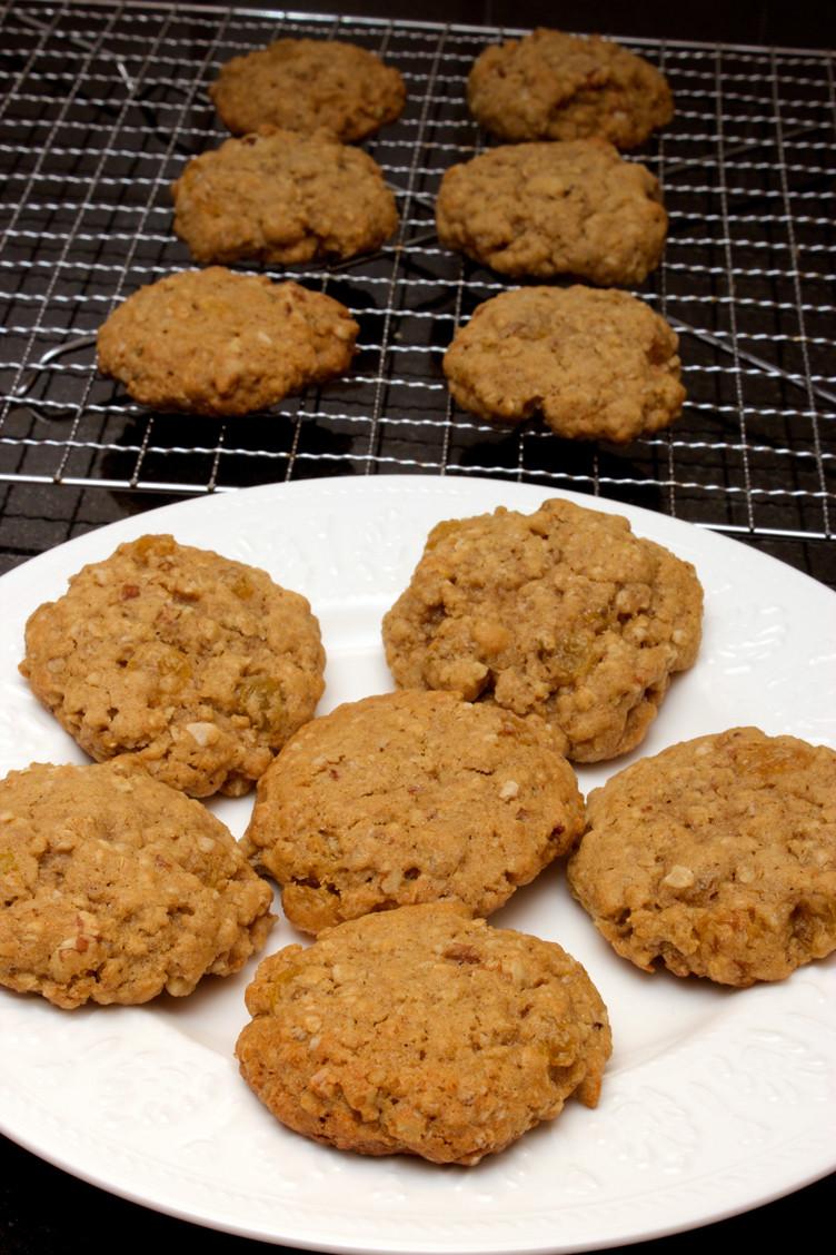 Ultimate Oatmeal Raisin Cookies  The Best Oatmeal Raisin Cookies – Claudia s Cookbook