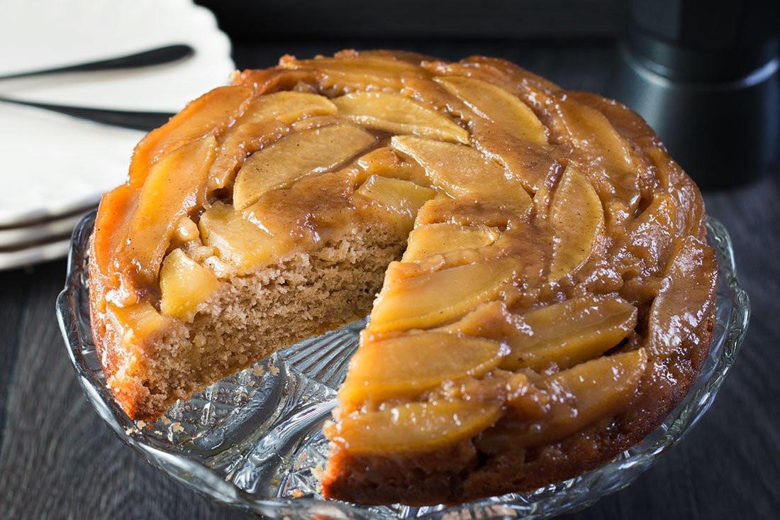 Upside Down Apple Cake  Apple Cinnamon Upside Down Cake The perfect dessert