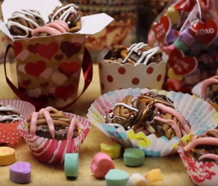 Valentine'S Day Dessert Ideas  Valentine s Day Dessert Recipes Cookies Sweets and