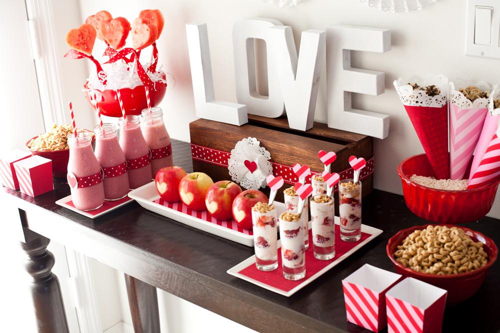 Valentines Dinner 2020  Cute Valentines Day Ideas for Him 2020 Boyfriend Husband