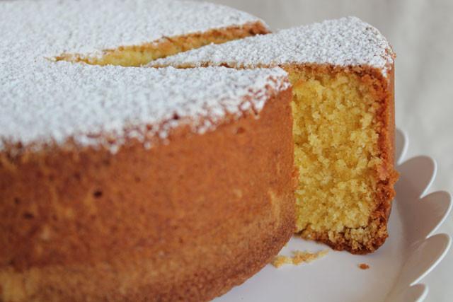 Vanilla Pound Cake Recipe  Recipe Modern vanilla poundcake Quatre quarts Torta