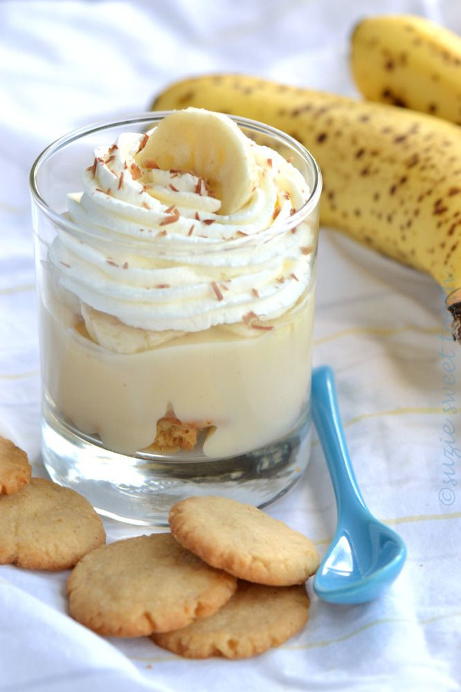 "Vanilla Wafer Dessert  Banana Pudding and Homemade ""Nilla"" Wafers"