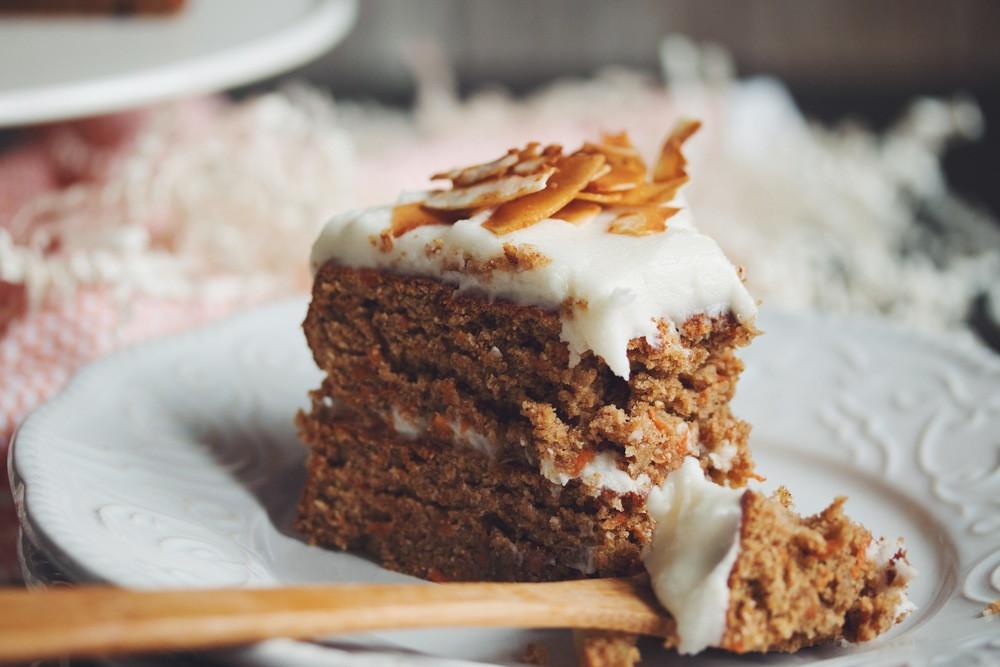 Vegan Carrot Cake Recipe  vegan carrot cake hot for food