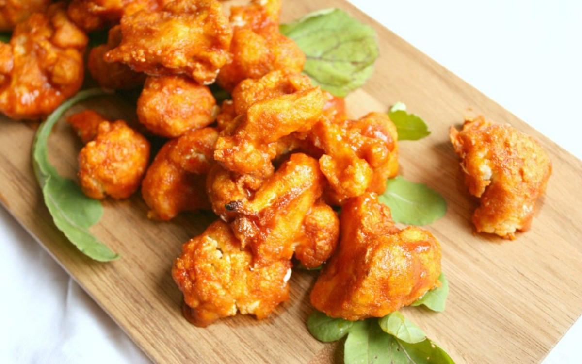 Vegan Cauliflower Wings  Sweet and Spicy Buffalo Cauliflower Wings [Vegan] e