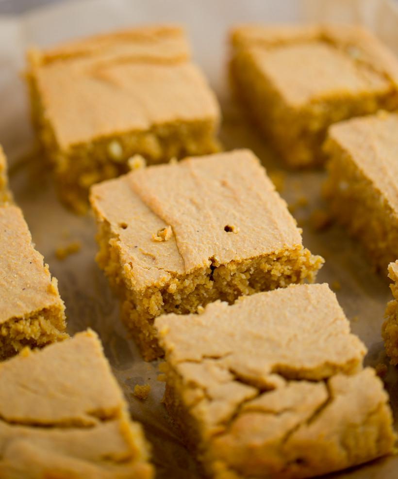Vegan Cornbread Recipe  vegan sweet cornbread