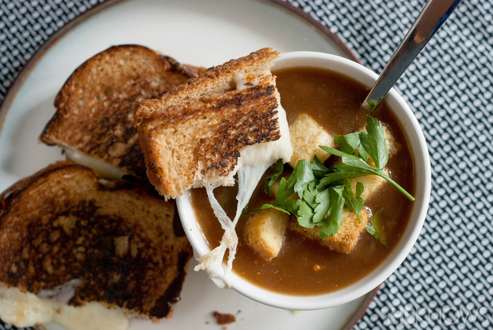 Vegan French Onion Soup  20 fort foods you won t believe are actually ve arian