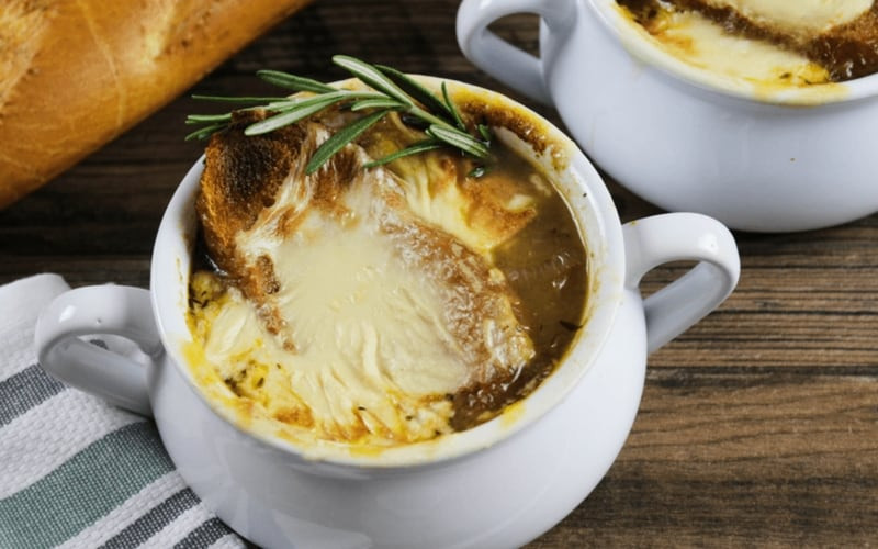 Vegan French Onion Soup  21 Vegan Christmas Recipes Healthy and Easy to Make