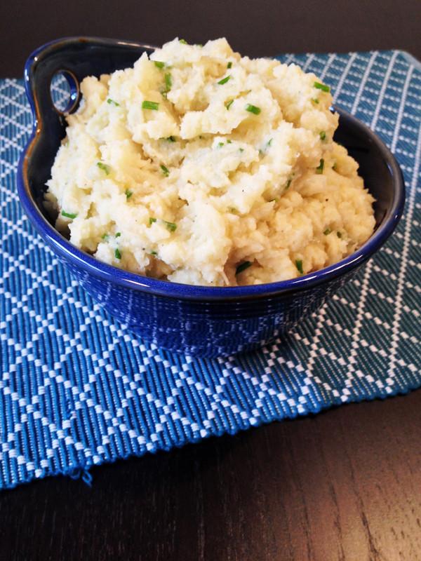 Vegan Mashed Cauliflower  Vegan Mashed Cauliflower with Roasted Garlic – Vegangela