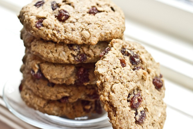 Vegan Oatmeal Raisin Cookies  The Ultimate Vegan Oatmeal Raisin Cookie — Oh She Glows