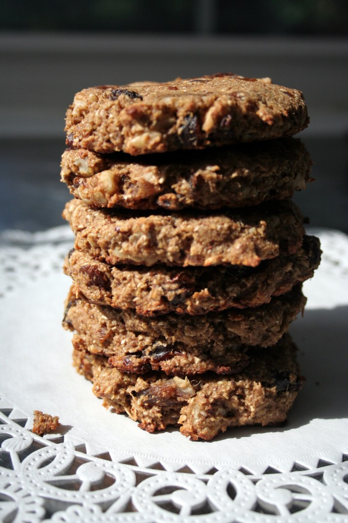 Vegan Oatmeal Raisin Cookies  Vegan Oatmeal Raisin Cookie Recipe