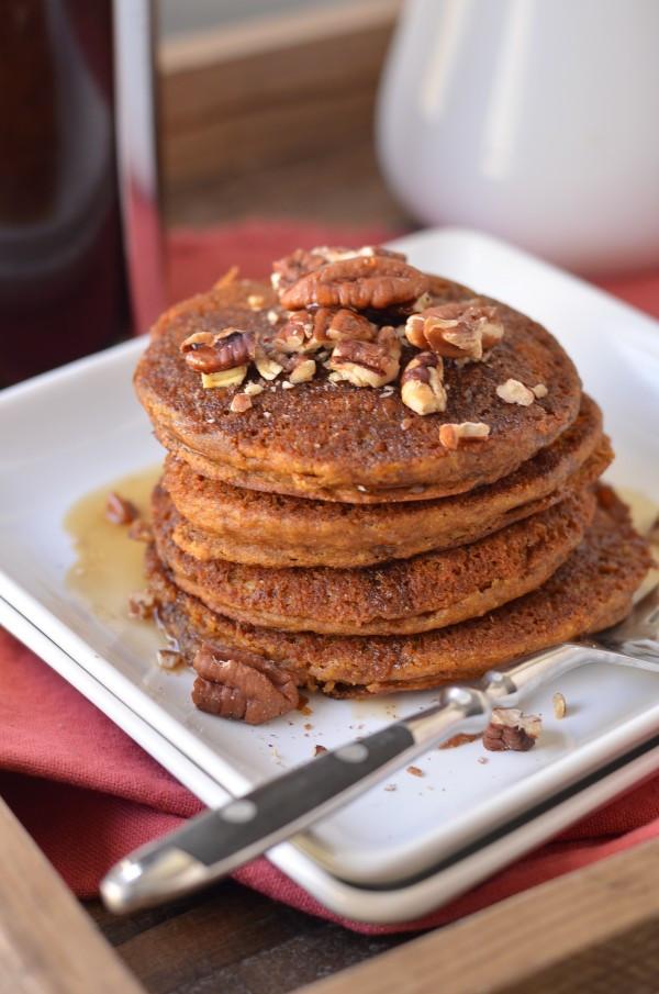 Vegan Pumpkin Pancakes  Vegan Pumpkin Spice Pancakes