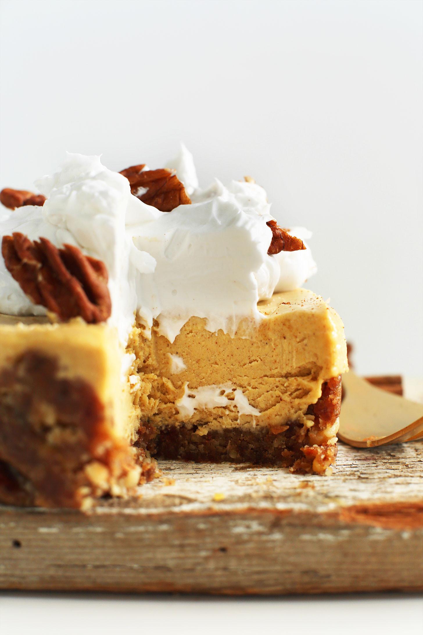 Vegan Recipes Desserts  Vegan Pumpkin Cheesecake