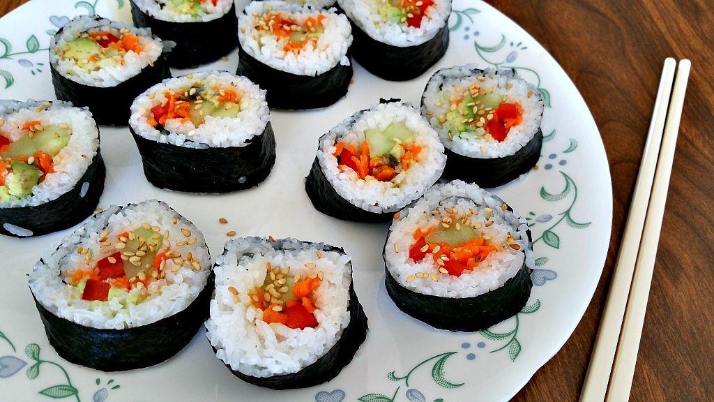 Vegan Sushi Recipes  Homemade Vegan Sushi Rolls Brand New Vegan