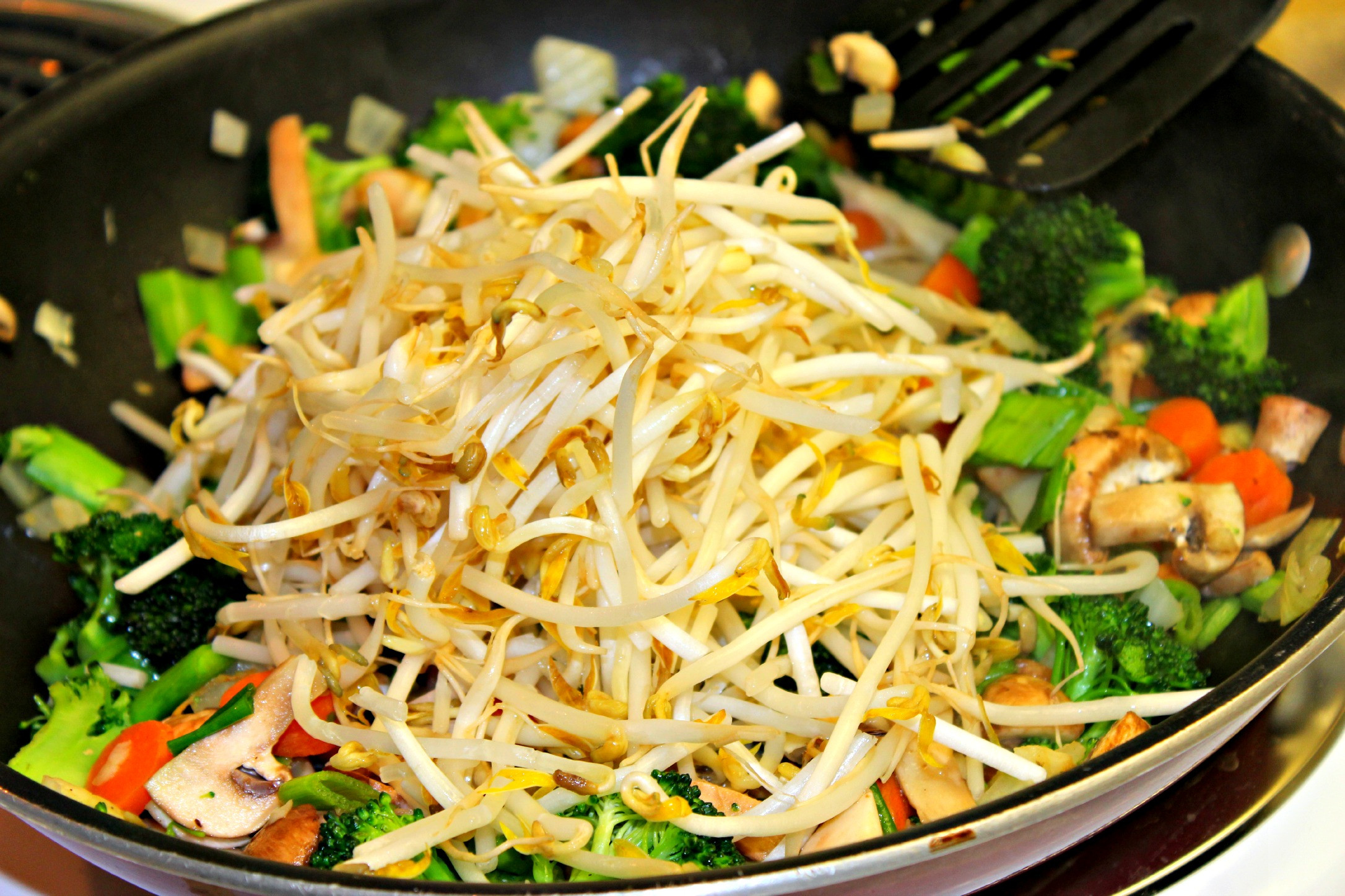 Vegetable Pad Thai  vegan pad thai recipe