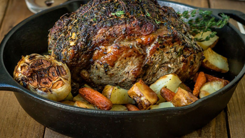 Vegetable Side Dish To Serve With Prime Rib  Boneless Prime Rib Roast with Herbs and Ve ables Recipe