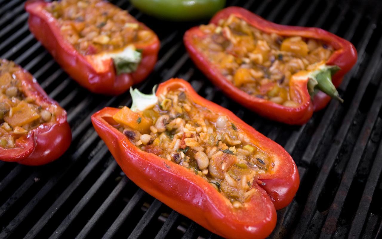 Vegetarian Bbq Recipes  Ve arian Pelau–Stuffed Peppers Recipe Chowhound